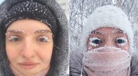 Snowflakes On Eyelashes Pics