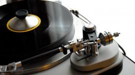 Vinyl Player Wallpaper 1080p