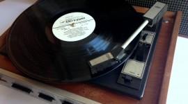 Vinyl Player Wallpaper For Desktop