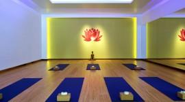 Yoga Room Desktop Wallpaper