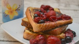 French Toast With Berries Wallpaper For Desktop