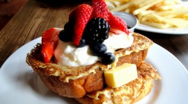 French Toast With Berries Wallpaper Free