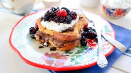 French Toast With Berries Wallpaper Full HD