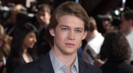 Joe Alwyn Wallpaper HD