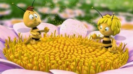 Maya The Bee Wallpaper