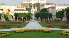 Mirabell Gardens Wallpaper