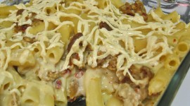 Pasta With Sausage And Cheese Wallpaper Background