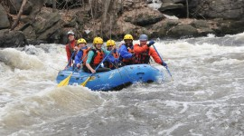 River Rafting Wallpaper Background