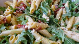 Salad With Dried Tomatoes Wallpaper 1080p