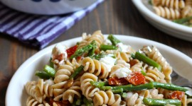 Salad With Dried Tomatoes Wallpaper Gallery