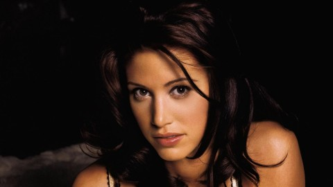 Shannon Elizabeth wallpapers high quality