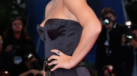 Adele Exarchopoulos Wallpaper For IPhone
