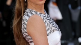 Adele Exarchopoulos Wallpaper Gallery