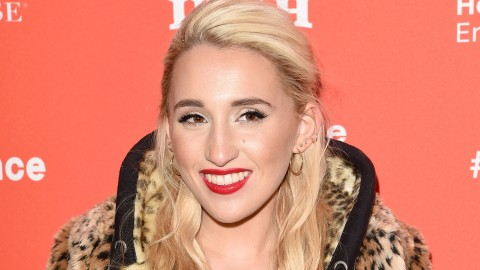 Harley Quinn Smith wallpapers high quality
