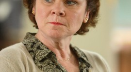Imelda Staunton Wallpaper For IPhone