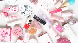 Korean Cosmetics Wallpaper Full HD