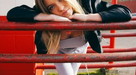 Sydney Sweeney Wallpaper For IPhone 7