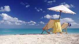 4K Beach Chairs Picture Download