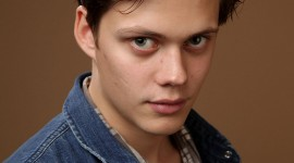 Bill Skarsgård Wallpaper