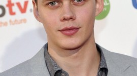 Bill Skarsgård Wallpaper For IPhone 7