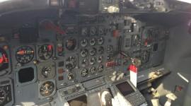 Reactive Plane Desktop Wallpaper