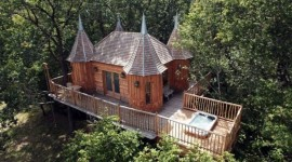 Tree Houses Wallpaper HQ