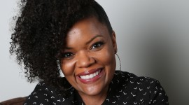 Yvette Nicole Brown Wallpaper HD