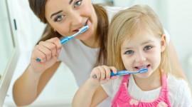 4K Brush Teeth Photo Download