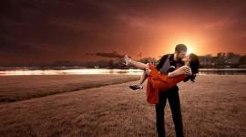 4K Couple Kiss Love Best Wallpaper