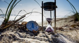 4K Hourglass Photo