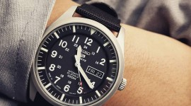 4K Men's Wrist Watch Picture Download