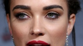 Amy Jackson Wallpaper For IPhone 6