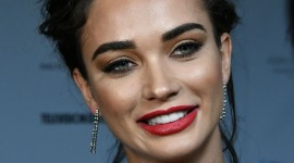 Amy Jackson Wallpaper For IPhone Free