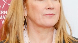 Andrea Arnold Wallpaper For IPhone 6