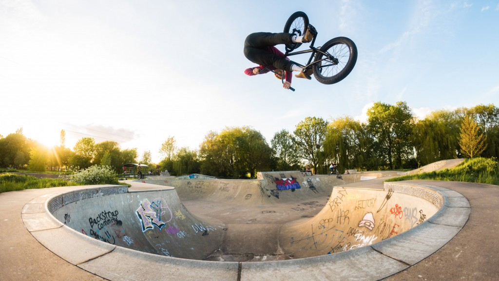 Bmx Tricks wallpapers HD