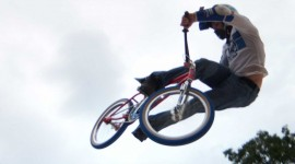 Bmx Tricks Wallpaper For IPhone