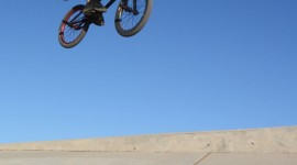 Bmx Tricks Wallpaper For IPhone Download