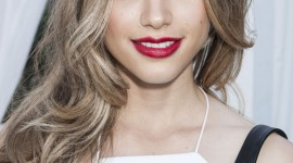 Halston Sage Best Wallpaper