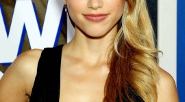 Halston Sage Wallpaper For IPhone