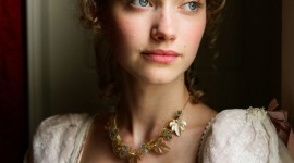 Imogen Poots Wallpaper For IPhone Download