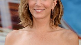 Kristen Wiig Wallpaper For IPhone