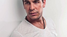Mario Casas Wallpaper For IPhone Free