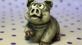 Pig Figurine Desktop Wallpaper