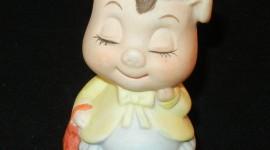 Pig Figurine Wallpaper For Mobile#1