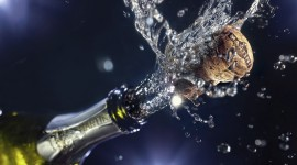 4K Bottle Photo Download