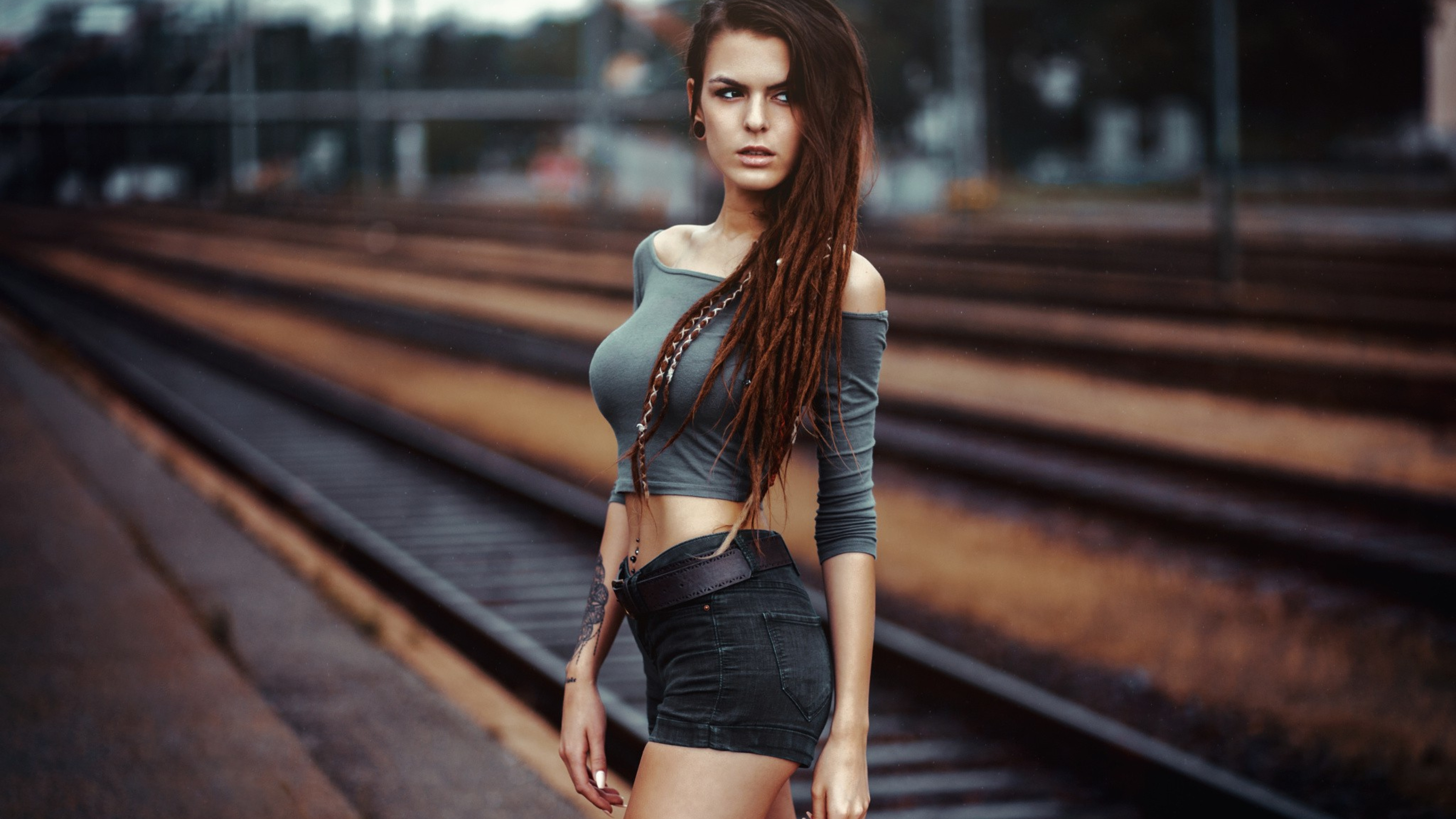 4K Hot Girl Wallpapers High Quality | Download Free