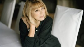 Mireille Darc High Quality Wallpaper