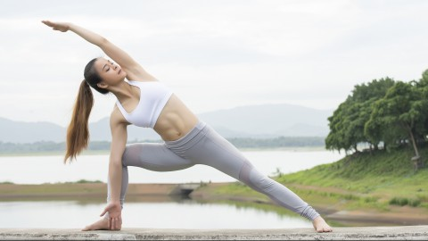 Utthita Parsvakonasana wallpapers high quality