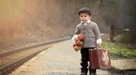 4K Baby Suitcase Wallpaper Download
