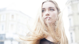 Florence Pugh Wallpaper For Desktop